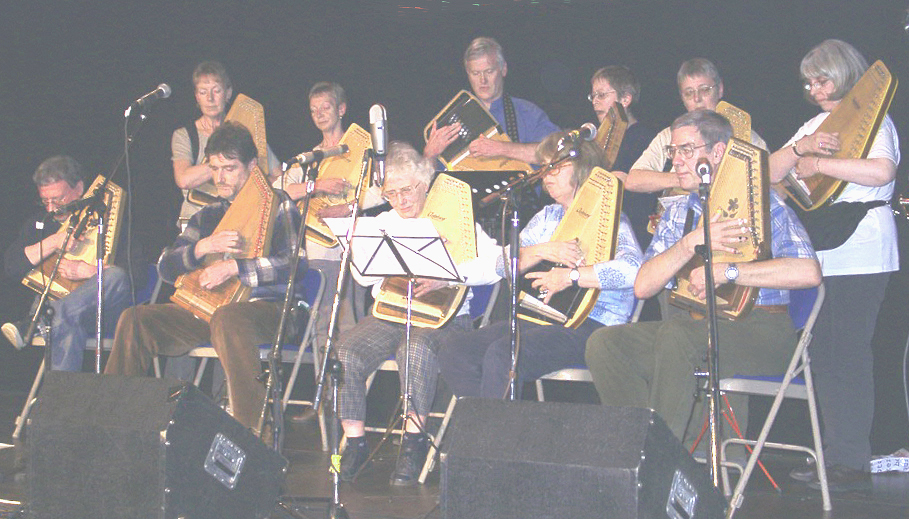 My 2002 diatonic autoharp class performing at Sore Fingers Summer School, Kingham, England. My, they look so studious!
