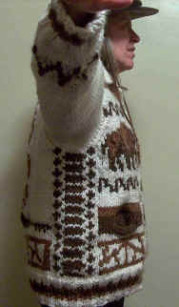 Finished sweater: log-cabin design along sides